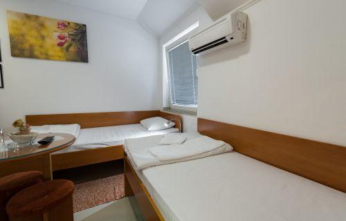 Jednokrevetna soba 11